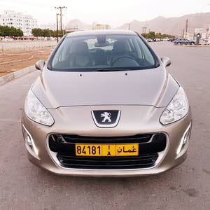 Automatic Peugeot 2012 for sale - Used - Muscat city