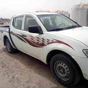 Used condition Mitsubishi L200 2011 with 0 km mileage