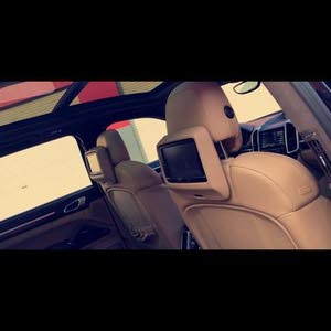 Available for sale!  km mileage Porsche Cayenne 2015