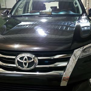 Maroon Toyota Fortuner 2016 for sale