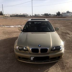 Gold BMW 318 2001 for sale