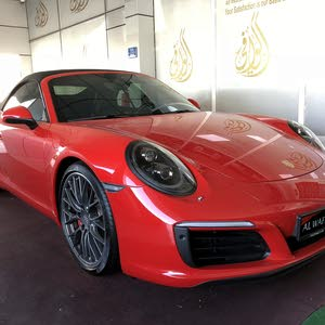 Gasoline Fuel/Power   Porsche 911 2017