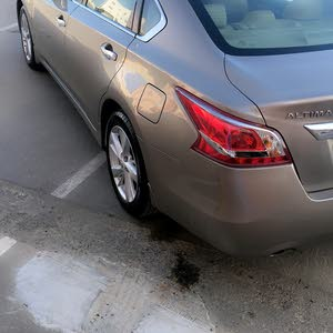 2014 Used Altima with Automatic transmission is available for sale
