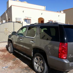 I have Yukon slt good condition with number plate BS2061,