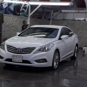 White Hyundai Azera 2015 for sale