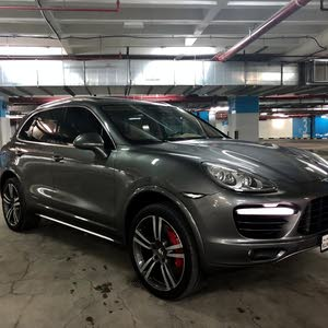 Porsche Cayenne car for sale 2011 in Kuwait City city