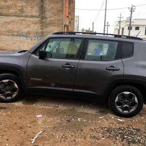 New condition Jeep Renegade 2017 with 1 - 9,999 km mileage