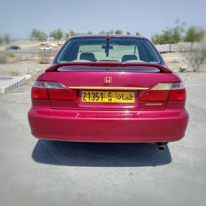 Honda Accord 2000 For sale - Red color