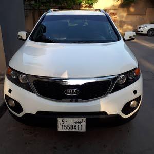 For sale Kia Sorento car in Tripoli