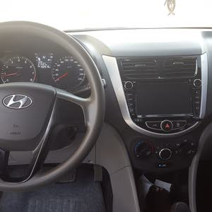 Used condition Hyundai Accent 2013 with 190,000 - 199,999 km mileage