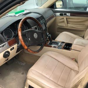 سياره جيب طوارق 2004 جير ماكينه شاصي مطلوب 550  دينار قابل للتفاوض في المعقول اب