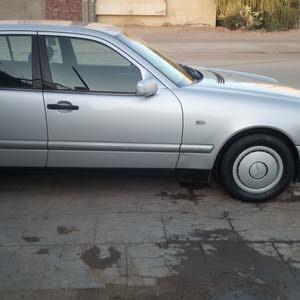 مرسيدس E200 1998