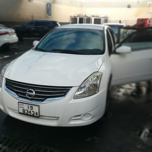 Nissan Altima 2010 For sale - White color