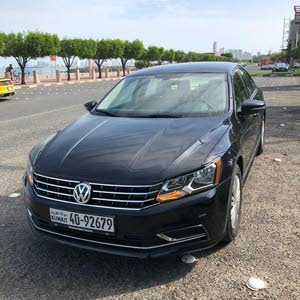 Automatic Black Volkswagen 2017 for sale