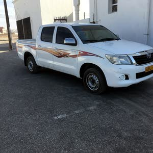 Used condition Toyota Hilux 2012 with  km mileage