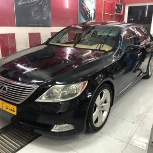 للبيع لكزس460 اسود ملكي ع بيج نظيف ومسرفس 2009