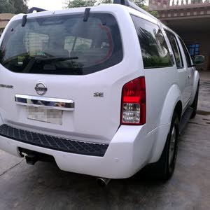For sale 2008 White Pathfinder
