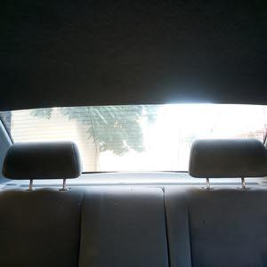 سيارة تاكسي للبيع
