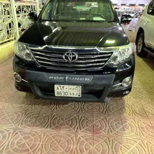 For sale 2015 Black Fortuner