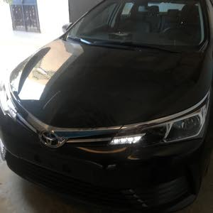 Automatic Black Toyota 2018 for sale
