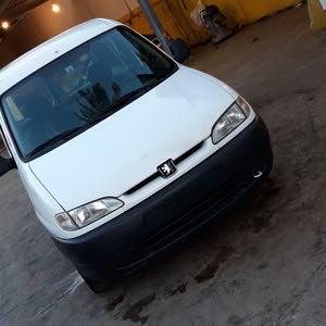 White Peugeot Partner 2004 for sale