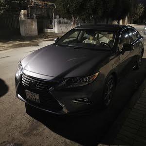 1 - 9,999 km Lexus ES 2018 for sale