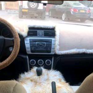 سيارة  نظيفة للبيع او البدل بدفع رباعي