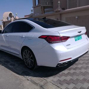 Hyundai Genesis 2015 For sale - White color