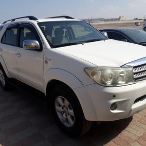 2009 Used Fortuner with Automatic transmission is available for sale
