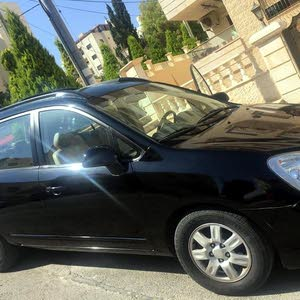 Used Kia Carens for sale in Amman