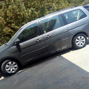 Used condition Honda Odyssey 2007 with +200,000 km mileage