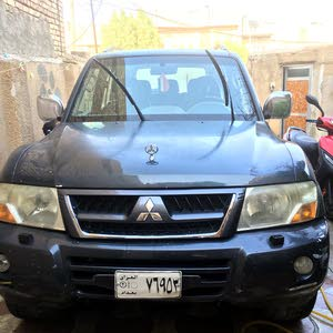 For sale Mitsubishi Pajero car in Baghdad