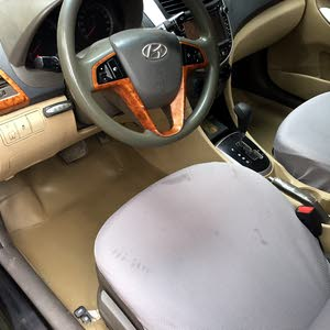 Automatic Yellow Hyundai 2014 for sale