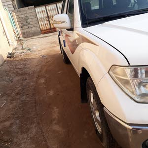 Used 2013 Nissan Navara for sale at best price