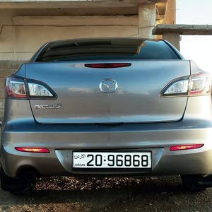 Mazda 3 2012 For sale - Grey color