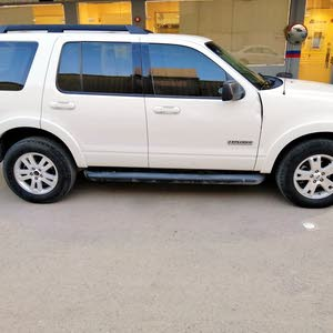 White Ford Explorer 2008 for sale