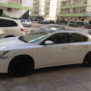 Nissan Maxima made in 2012 for sale