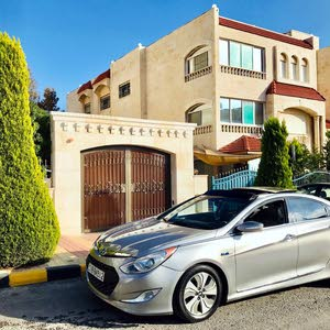 New condition Hyundai Sonata 2013 with 50,000 - 59,999 km mileage