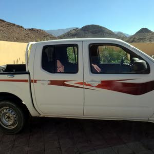 Used 2012 Nissan Navara for sale at best price