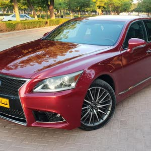 Lexus LS 2013 For sale - Red color