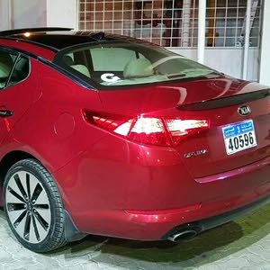 For sale 2013 Red Optima