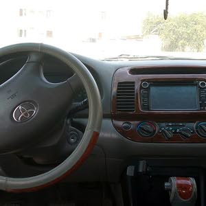 Toyota Camry 2004 for sale in Northern Governorate