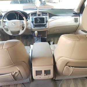 Turquoise Toyota Avalon 2012 for sale