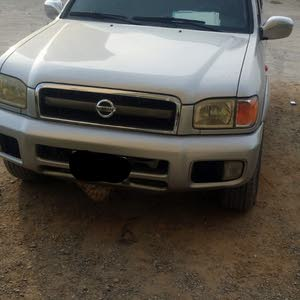 Nissan Pathfinder made in 2003 for sale