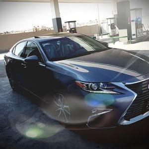 Grey Lexus ES 2016 for sale