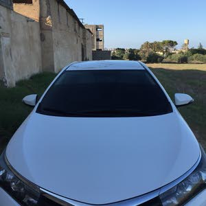 White Toyota Corolla 2014 for sale