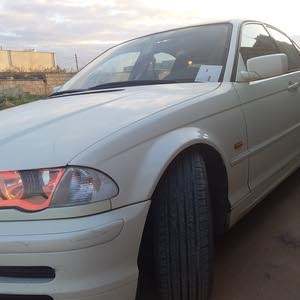BMW 318 car for sale 2002 in Al-Khums city