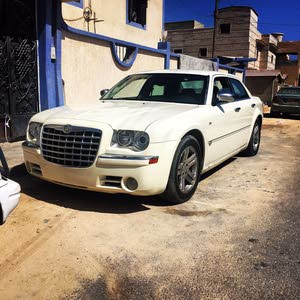 For sale Chrysler 300C car in Sabratha