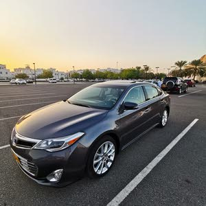 40,000 - 49,999 km Toyota Avalon 2013 for sale