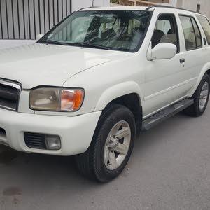 For sale Nissan Pathfinder car in Muharraq